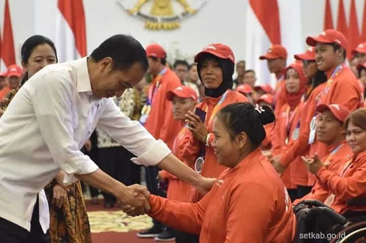 Atlet dari sragen mendapatkan penghargaan dari Bp Presiden